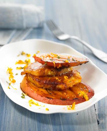 Piña y mango asados con canela