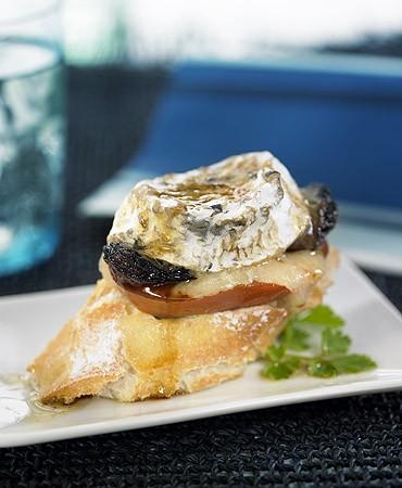 recetas-pincho-caliente-de-morcilla-con-queso-de-cabra