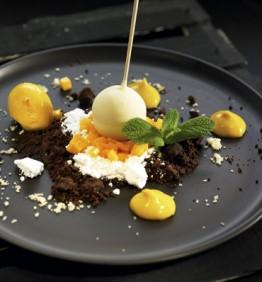 recetas-piruleta-de-chocolate-blanco-con-crema-de-mango-y-chocolate