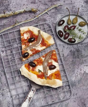 recetas-pizza-de-anchoas