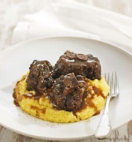 recetas-polenta-cremosa-con-estofado-de-rabo-de-toro