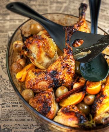 recetas-pollo-al-horno-con-uvas-y-citricos