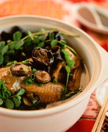 recetas-pollo-salteado-con-shiitakes