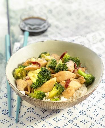 recetas-pollo-y-brocoli-en-salsa-de-ostras