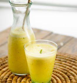 recetas-refresco-de-pina-jengibre-y-hierbaluisa