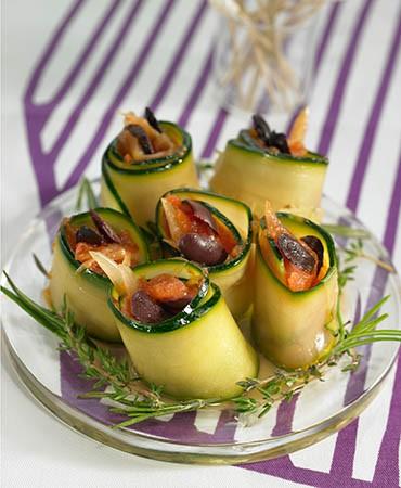 recetas-rollitos-de-calabacin-con-hinojo-y-compota-de-tomates