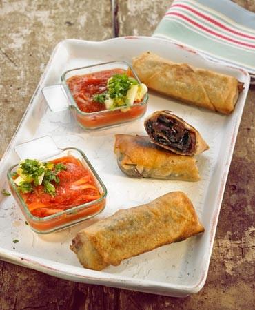 recetas-rollitos-de-lombarda-y-manzana-con-salsa-de-tomate