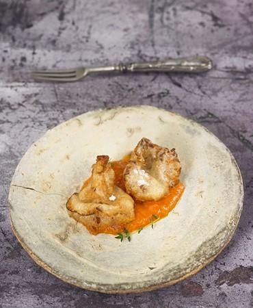 recetas-rusinols-en-tempura-con-salsa-gazpacho