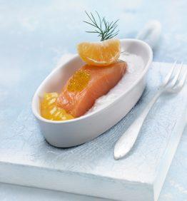 recetas-salmon-marinado-con-eneldo-coco-y-mandarina