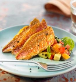 recetas-salmonetes-con-guacamole-de-caquis
