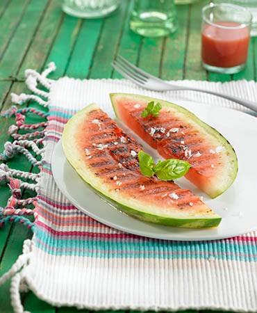 recetas-sandia-a-la-plancha-con-escamas-de-sal-marina