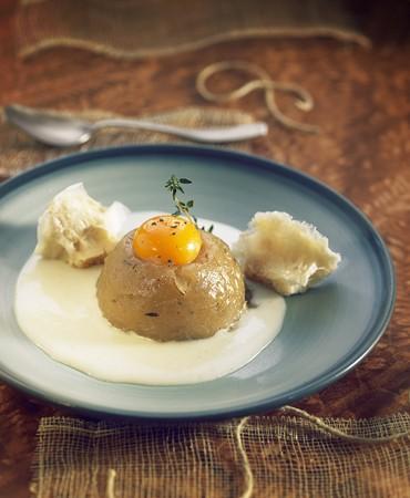 recetas-sopa-de-cebolla-con-yema-de-huevo-y-pan-kuzu