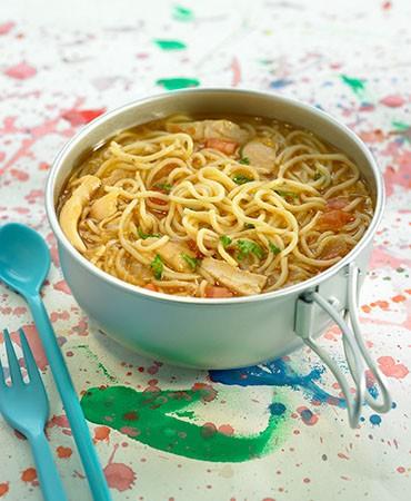 recetas-sopa-de-fideos-con-verduras-y-pollo