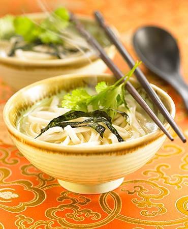 recetas-tallarines-chinos-en-caldo