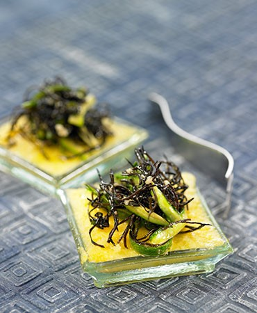 recetas-tapitas-de-polenta-con-salteado-de-alga-arame