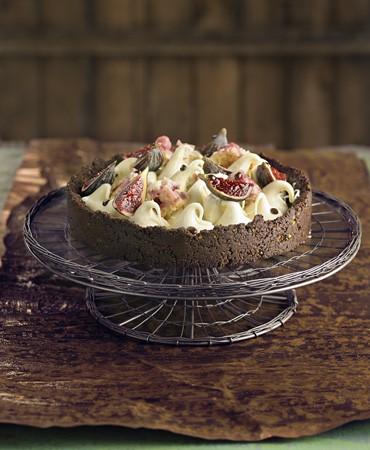 recetas-tarta-de-chocolate-con-higos-y-bizcocho-de-fresa