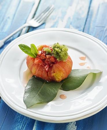 recetas-tomate-confitado-con-fresas-y-granizado-de-verveina