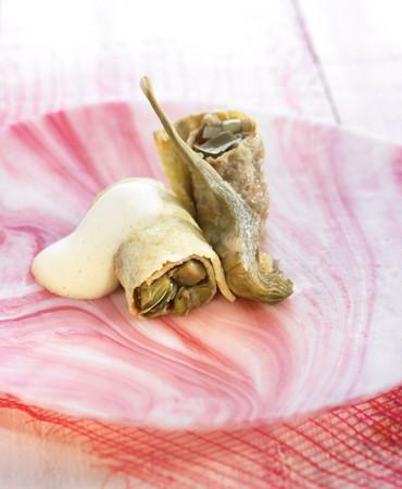 recetas-tortilla-de-alcachofas-con-ajos-tiernos-y-cremoso-de-huevo