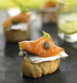 recetas-tostada-de-boqueron-y-salmon-ahumado