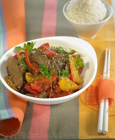 recetas–wok-de-seitan-con-pimientos-y-sesamo