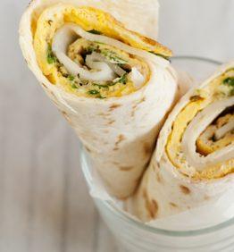 recetas-wrap-de-tortilla-con-perejil-y-queso-de-cabra