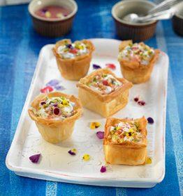 recetas-yogur-en-pasta-filo-con-jalea-de-rosas