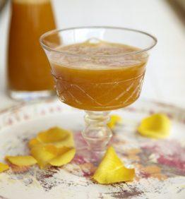 recetas-zumo-de-mango-y-nisperos