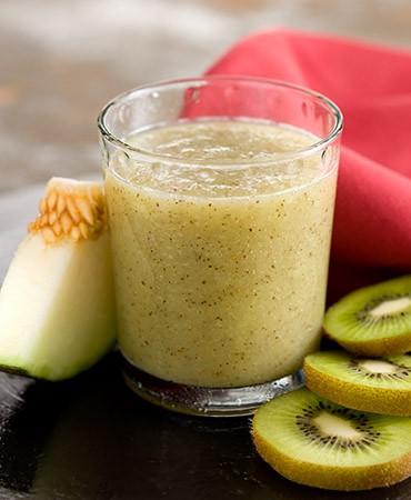 recetas-zumo-de-melon-kiwi-y-litchis