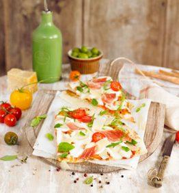 Pizza, coca y tartas saladas