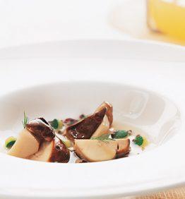 recetas-consome-de-calabaza-con-ceps-calabacin-arroz