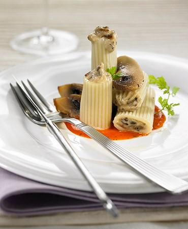 recetas-macarrones-rellenos-de-champinones