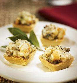 recetas-tartaletas-con-champinones-langostinos-y-queso-curado
