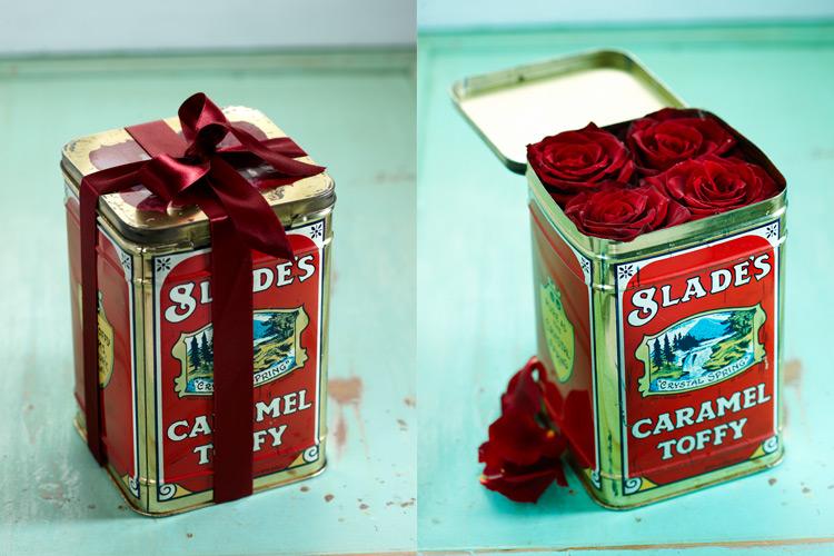 estilo-en-la-mesa-caja-sorpresa-de-flores