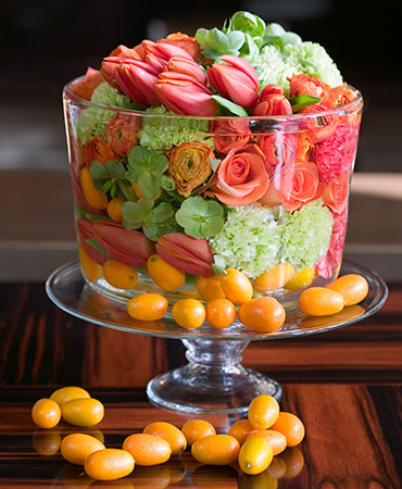 estilo en la mesa sopa de flores