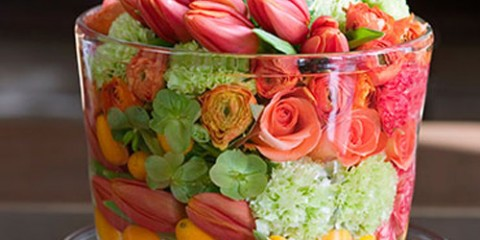 estilo-en-la-mesa-tapa-con-flores-miniatura-500x400