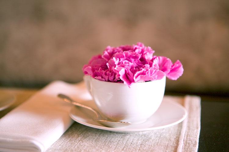 sobre-la-mesa-diy-mesa-con-flores