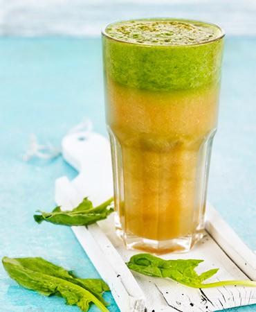 receta-zumo-jengibre-zanahoria-manzana-370×450
