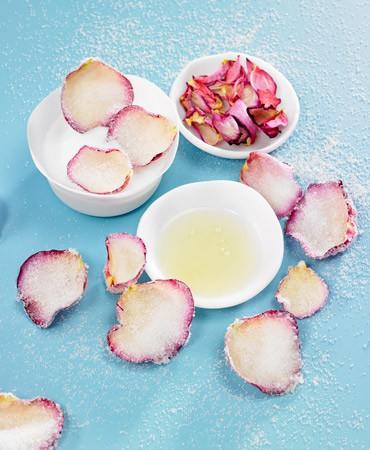 recetas-petalos-de-rosas-cristalizados-con-azucar-370×450