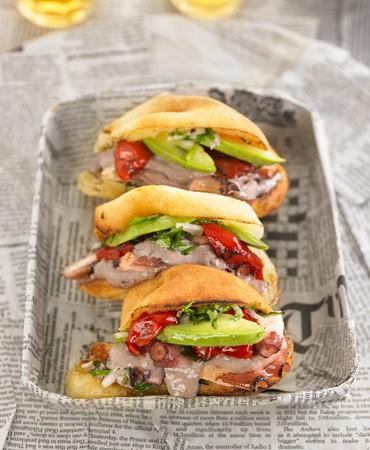 Sandwichito-de-pulpo-al-olivo1-370×450