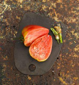 tomate-cor-de-bou-con-ajo