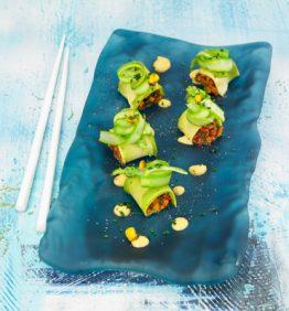 enrrollado-de-aguacate-relleno-de-verduras