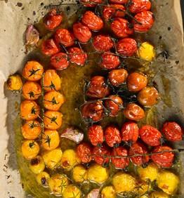 tomates-cherry-al-horno-con-aceite-ajo-y-azucar