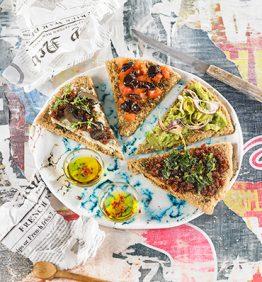 pizza-spring-con-aguacate-y-queso-vegano