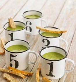 sopa-con-carquinolis