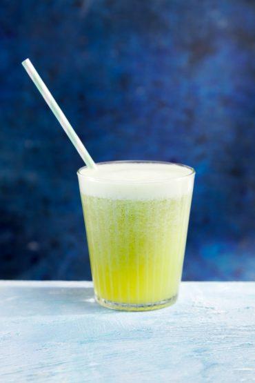 zumo de piña y limon