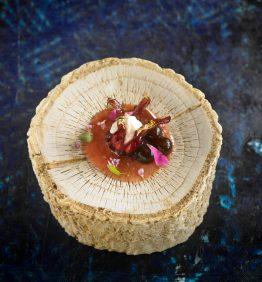 higos con hibiscus confitados